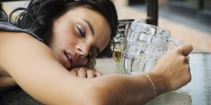 Ranking Ośrodków Terapii, kobieta alkoholik