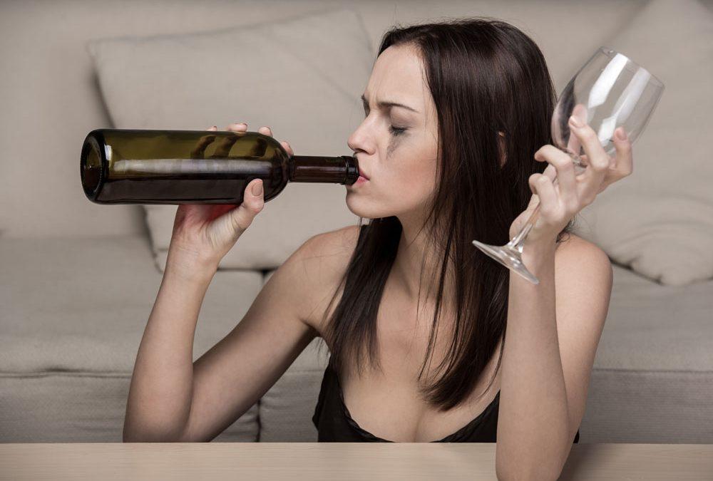 Kobieta alkoholik – uzależnienie kobiet