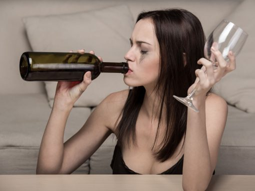 kobieta alkoholik, uzależnienie kobiet