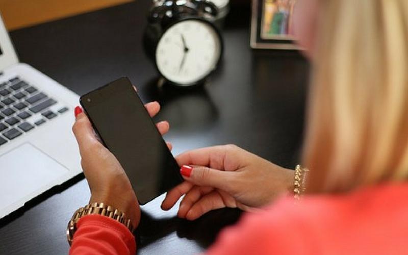 Ranking Ośrodków Terapii, smartfony, uzależnienie