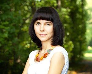 Monika Hołub - psycholog psychoterapeuta, psychodietetyk, specjalista psychoterapii zaburzeń odżywiania, specjalista terapii uzależnień