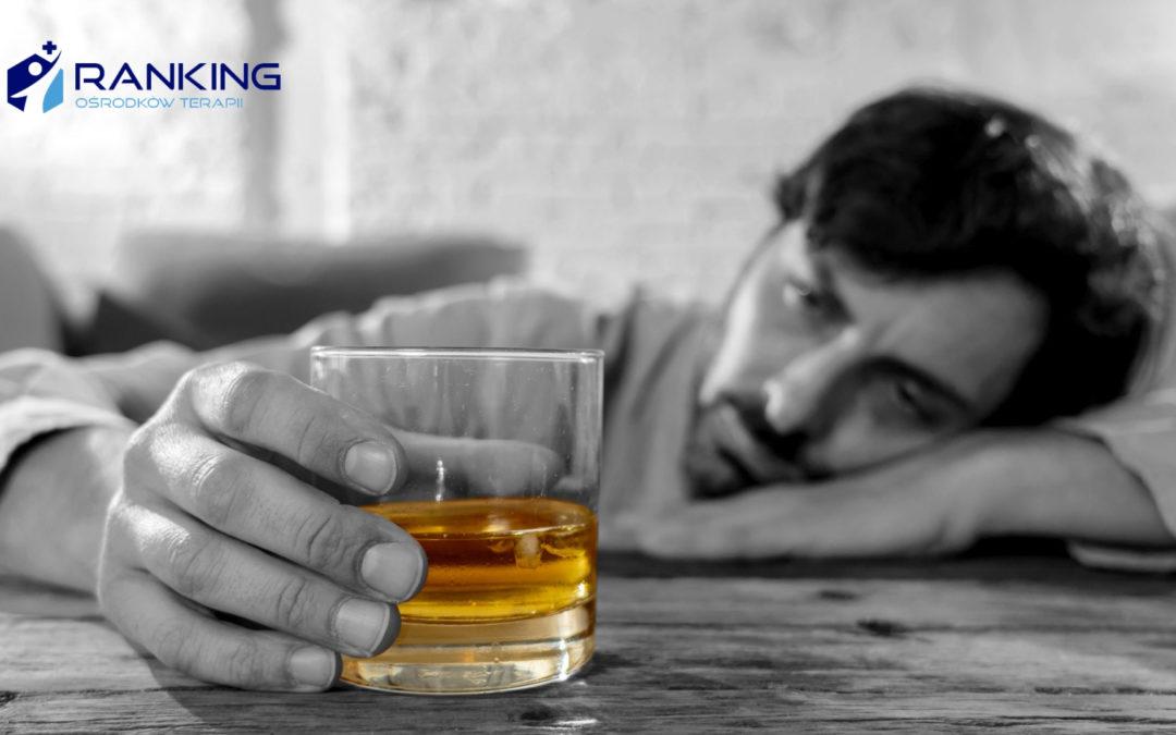 Czy piją tylko Polacy i Rosjanie? Dlaczego krąży taki stereotyp?