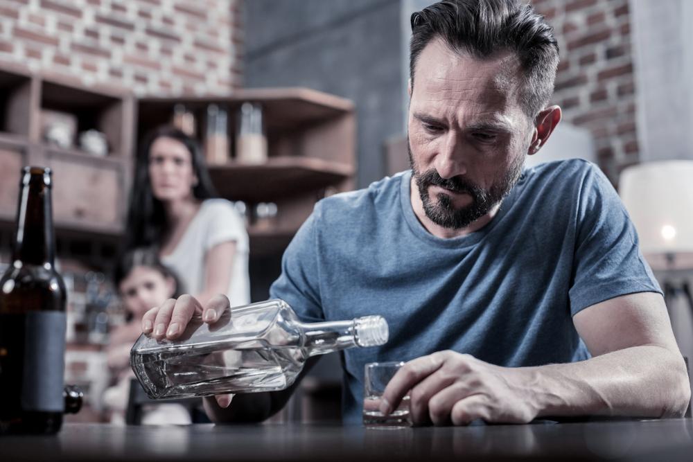 Współuzależnienie – jak uzależnienie wpływa na najbliższych?